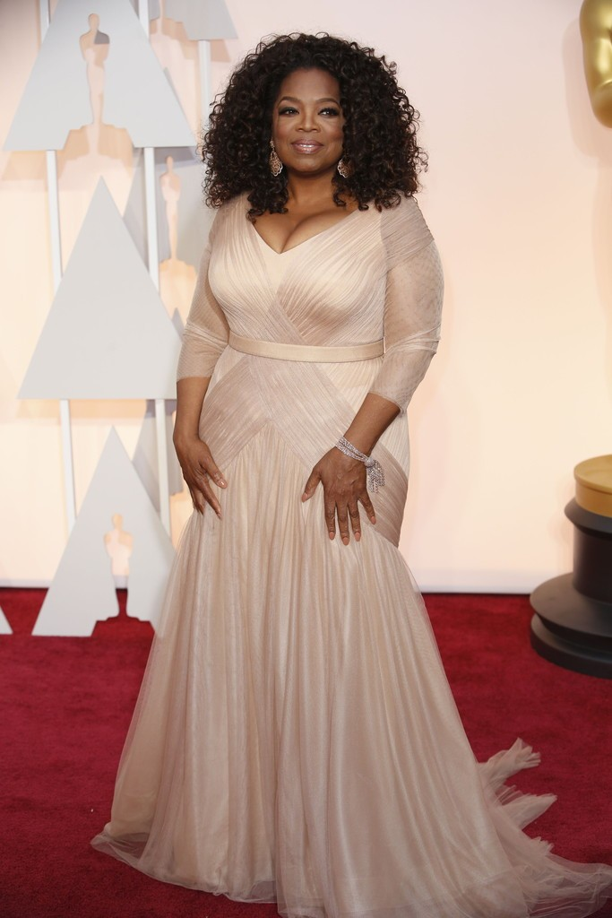 Oprah-Winfrey-in-vera-wang-2015-Oscars-Awards