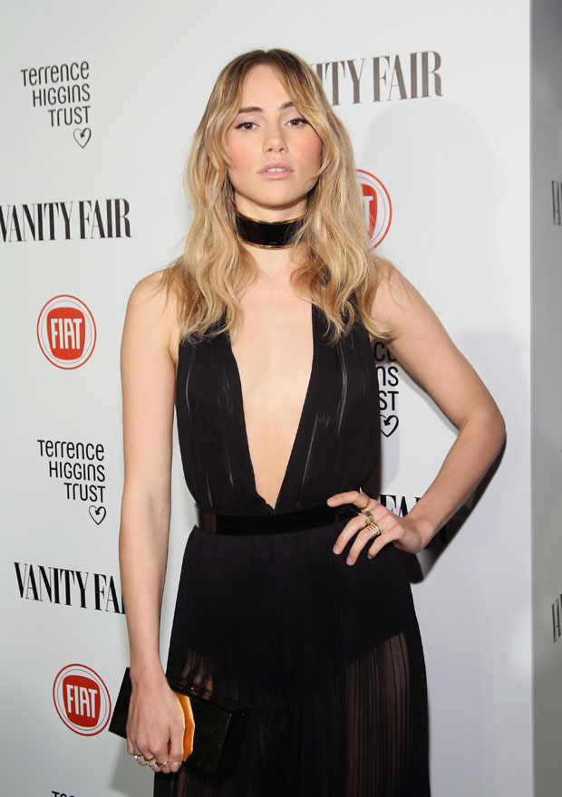 suki-waterhouse-balmain-vanity-fair-celebrates-young-hollywood