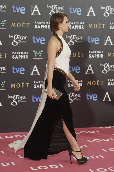 Aura+Garrido+Goya+Cinema+Awards+2015+Red+Carpet+ width=