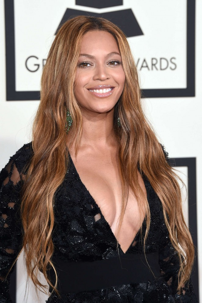 Beyonce--2015-GRAMMY-Awards-