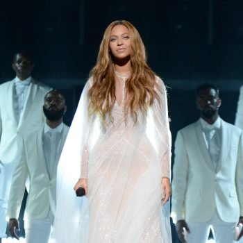 Beyonces-57th-Annual-Grammy-Awards-Performance-Custom-Roberto-Cavalli-Atelier-Gown