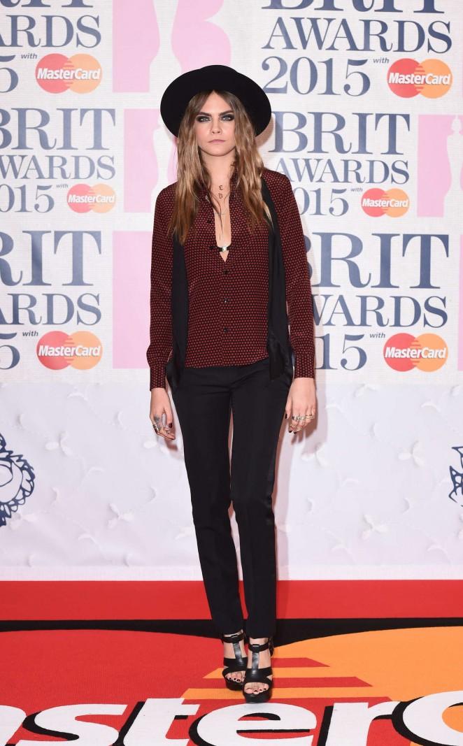 Cara-Delevingne--2015-BRIT-Awards--11-662x1067
