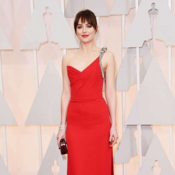 Dakota-Johnson-2015-Oscars-07-662×996
