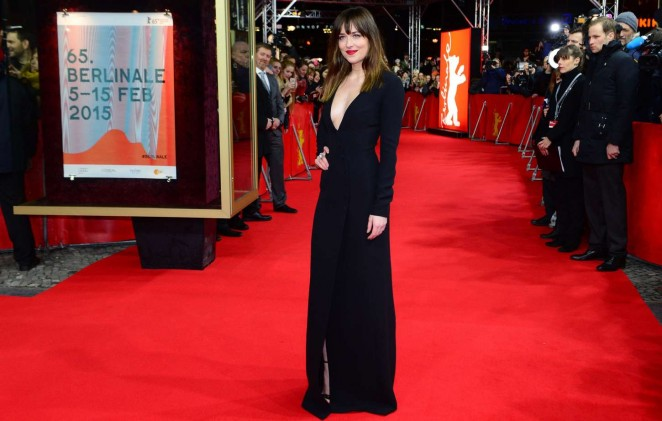 dakota-johnson-christian-dior-fifty-shades-grey-berlin-film-festival-premiere