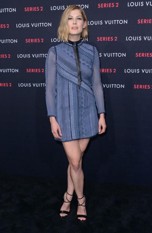 Rosamund -Pike_Louis-Vuitton-Event
