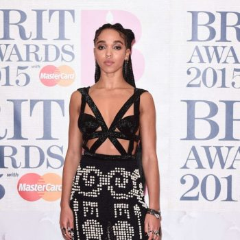 FKA-Twigs-2015-BRIT-Awards-06-662×1160