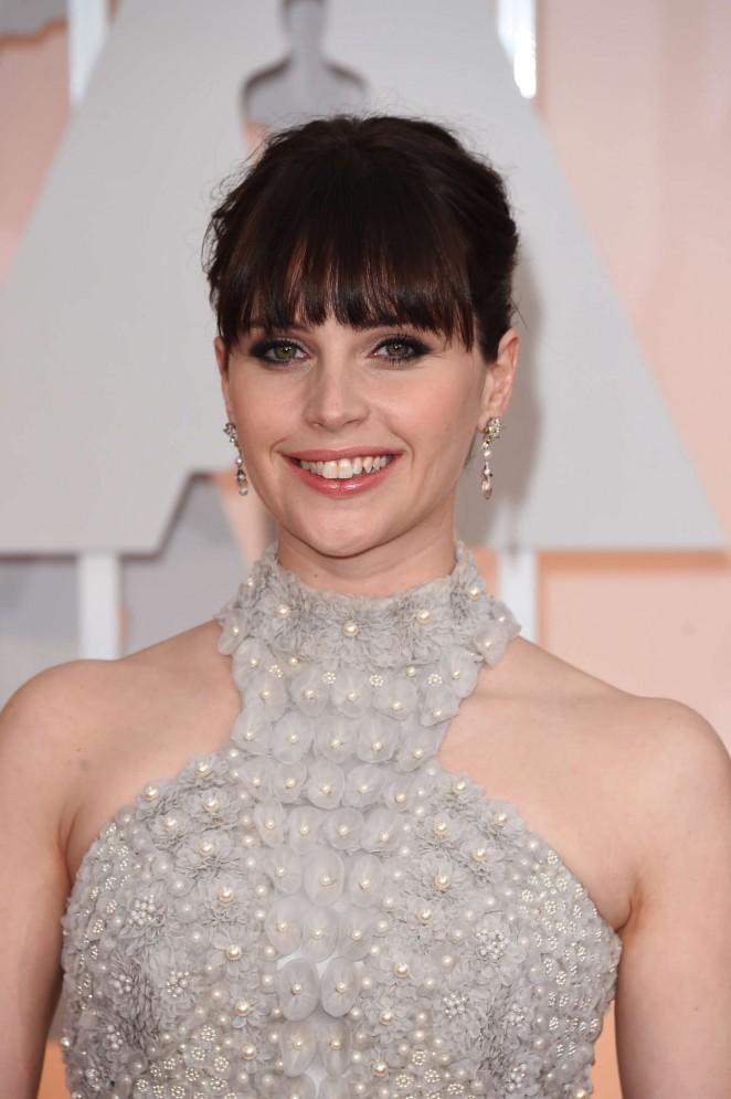 Felicity-Jones--2015-Oscars-