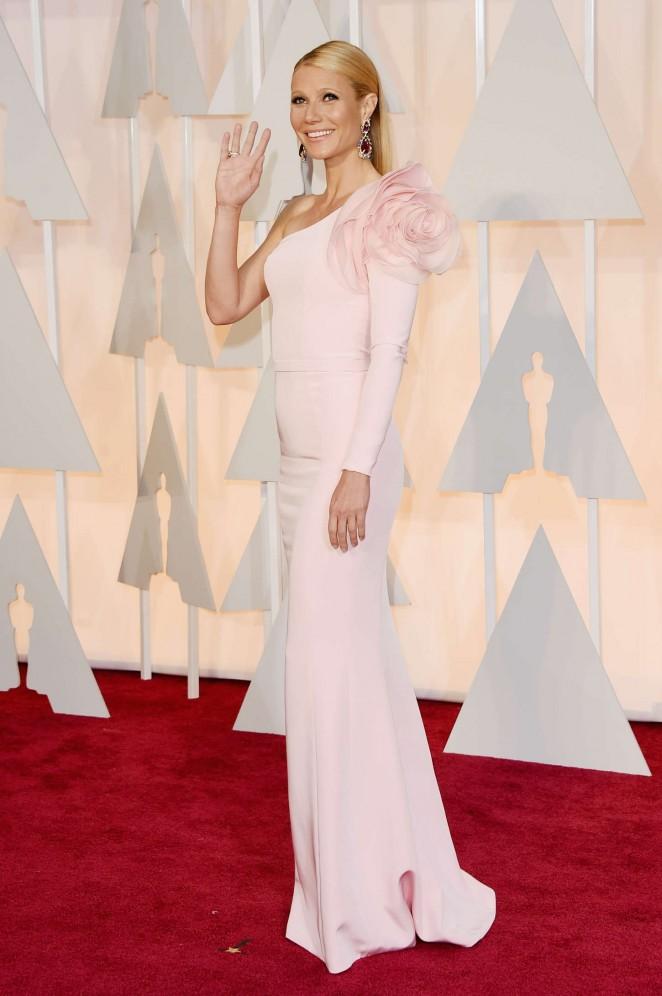 Gwyneth-Paltrow-2015-Oscars-04-662×996