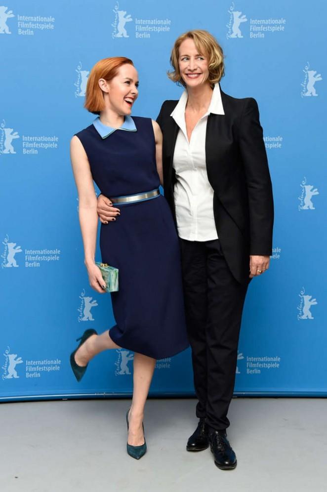 Jena-Malone-Angelica-Photocall-berlin-film-festival