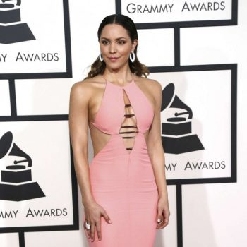 Katharine-McPhee-2015-GRAMMY-Awards-02-662×1113