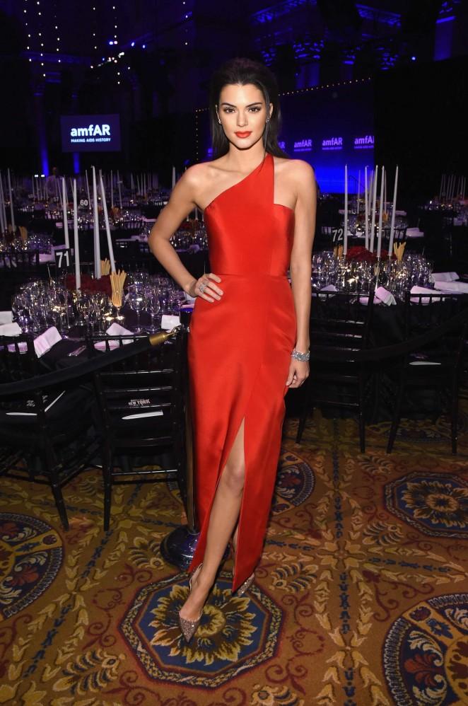 Kendall- Jenner -in -Romona -Keveza -at -the- 2015- amfAR -New -York -Gala