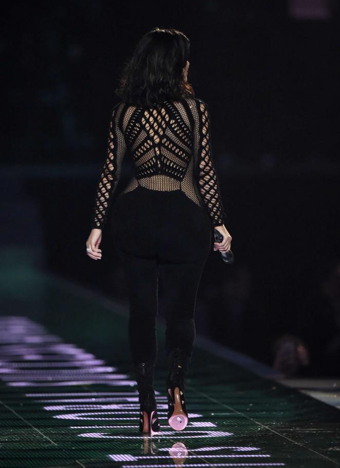 kim-kardashian-julien-macdonald-2015-brit-awards