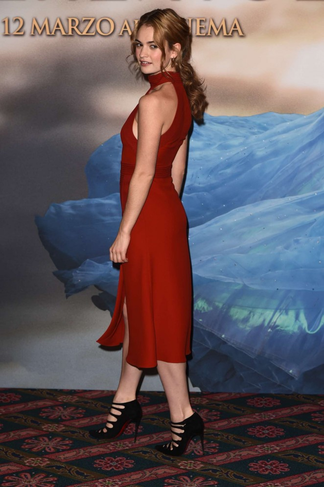 Lily-James--Cinderella-Photocall--