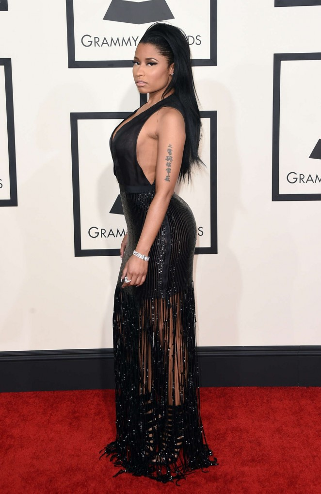 nicki-minaj-tom-ford-2015-grammy-awards