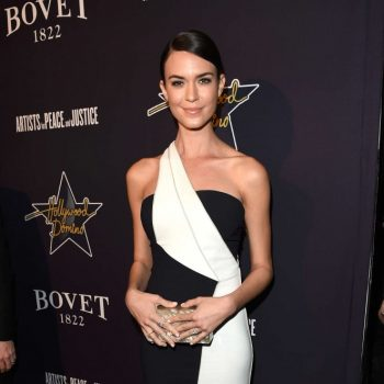 Odette-Annable-2015-Hollywood-Domino-Gala-02-662×1089-1