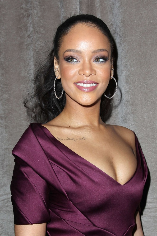 Rihanna--Zac-Posen-Fashion-Show-2015--