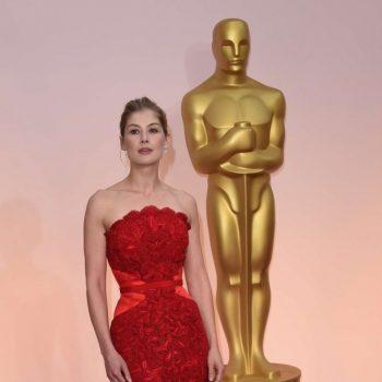 Rosamund-Pike-2015-Oscars-02-662×1128