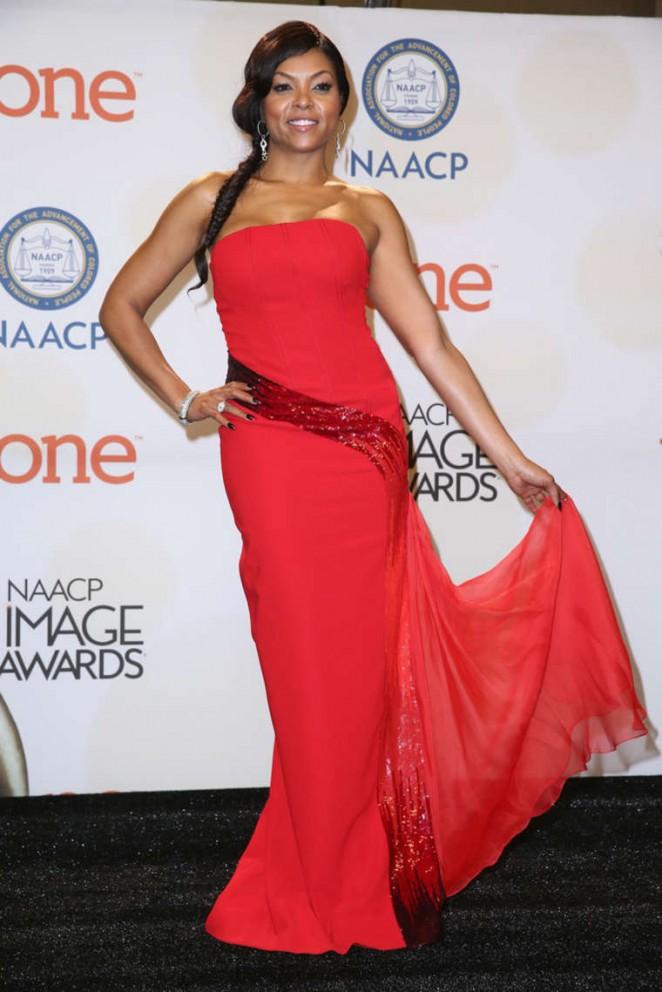 Taraji-P.-Henson--2015-NAACP-Image-Awards--03-662x992