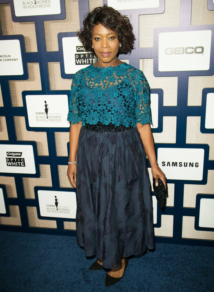 alfre-woodard-8th-annual-essence-black-women-in-hollywood-02-1