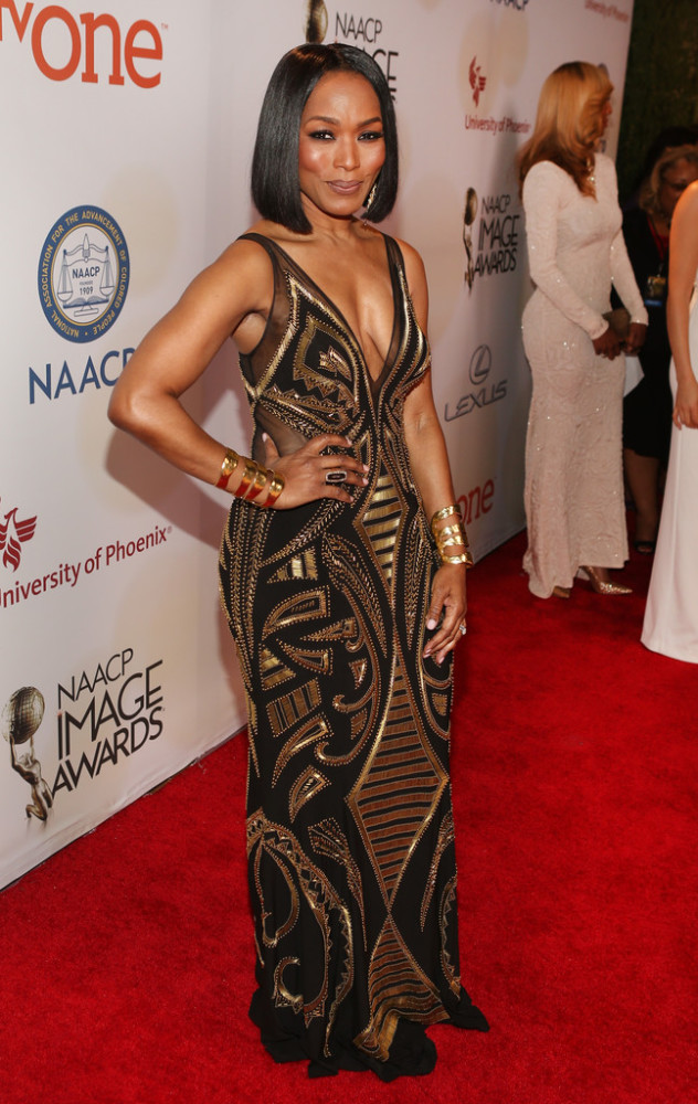 angela-bassett-46th-NAACP-Image-Awards-632×1000
