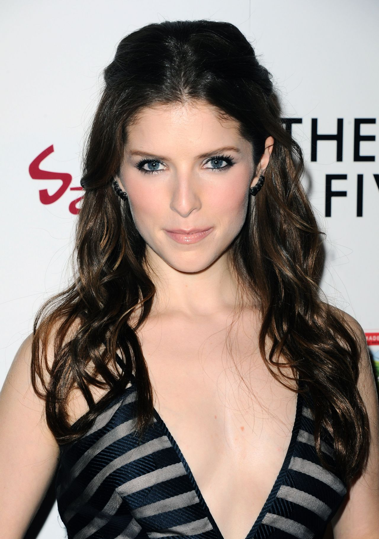 anna-kendrick-the-last-five-years-premiere-in-hollywood_1