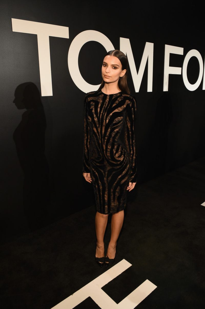 emily-ratajkowski-tom-ford-autumn-winter-2015-womenswear-collection-presentation-in-los-angeles_2