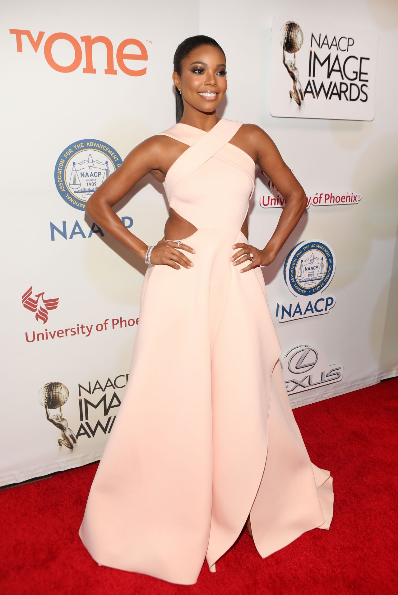 gabrielle-union-2015-naacp-image-awards-in-pasadena