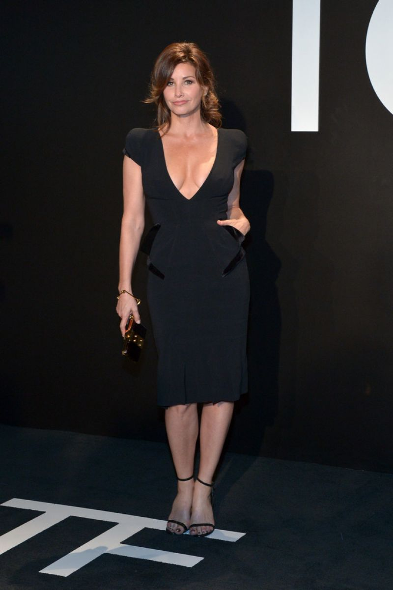gina-gershon-tom-ford-autumn-winter-2015-womenswear-collection-presentation-in-los-angeles_1