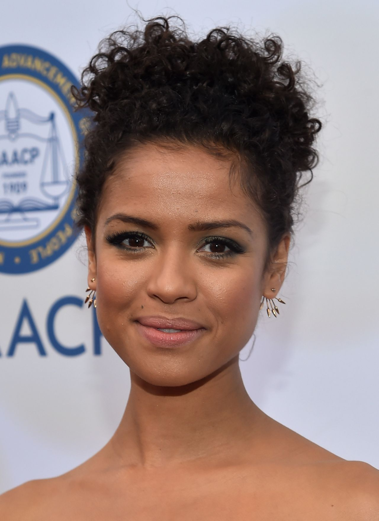 gugu-mbatha-raw-2015-naacp-image-awards-in-pasadena_4