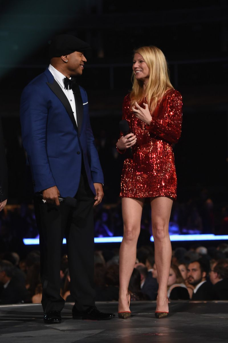 gwyneth-paltrow-2015-grammy-awards-in-los-angeles_8