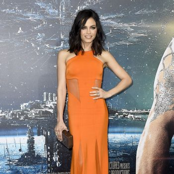jenna-dewan-tatum-jupiter-ascending-premiere-in-hollywood_5