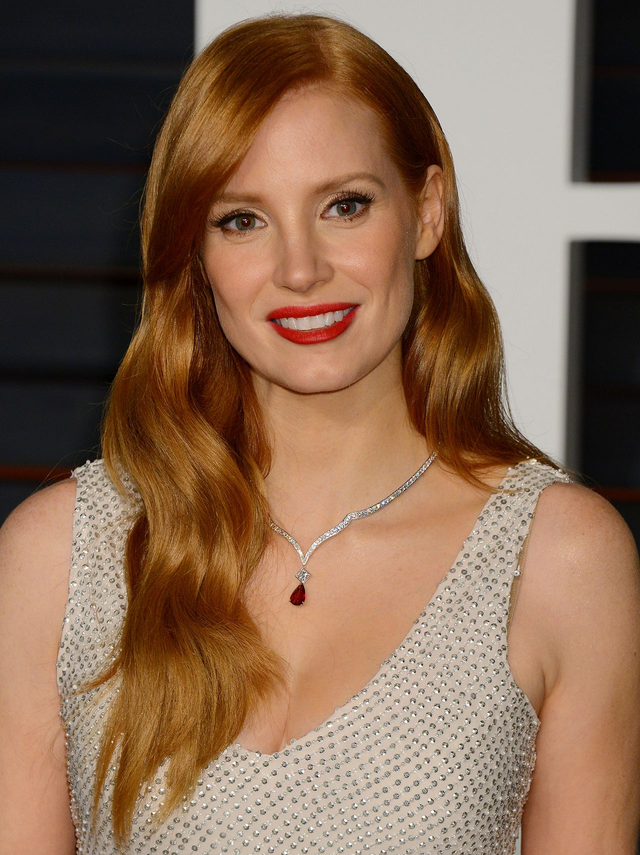 jessica-chastain-2015-vanity-fair-oscar-party-in-hollywood_1