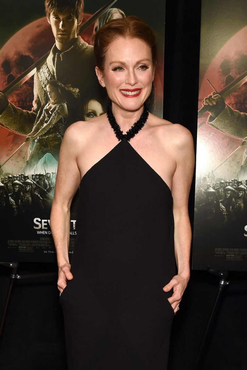 julianne-moore-at-seventh-son-screening-in-new-york_1