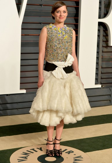 marion-cotillard-giambattista-valli-couture-2015-vanity-fair-party