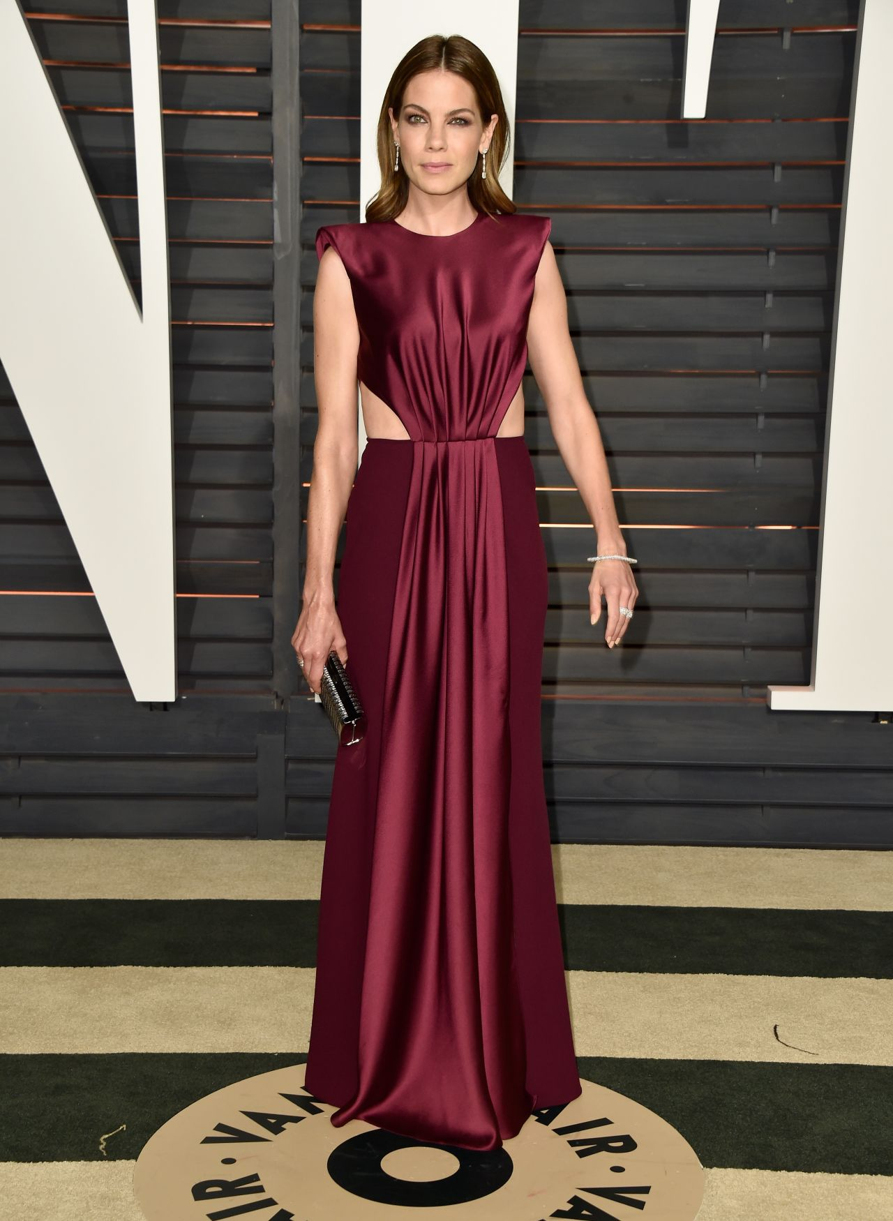 michelle-monaghan-monique-lhuillier-2015-vanity-fair-oscar-party