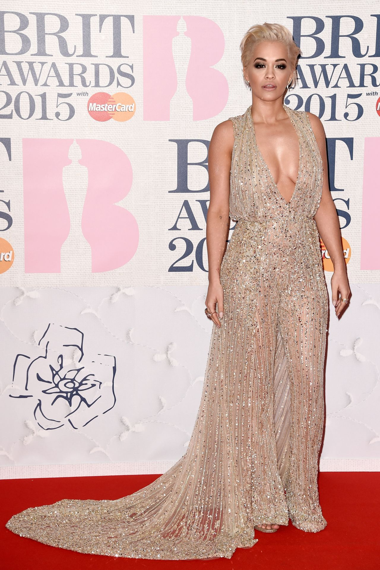 rita-ora-zuhair-murad-couture-2015-brit-awards