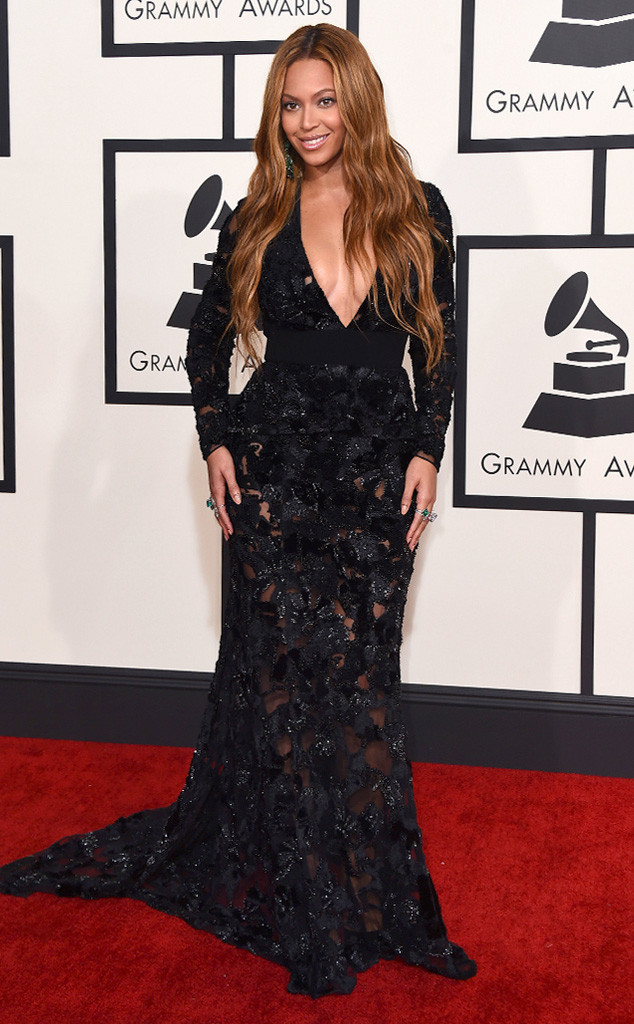 Beyonce -in -Proenza- Schouler- at- the -57th -Annual -GRAMMY- Awards