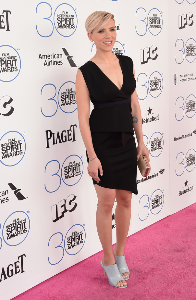 scarlett-johansson-2015-Film-Independent-Spirit-Awards-Arrivals-