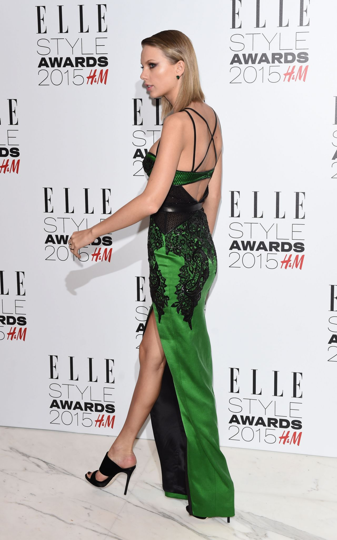 Taylor Swift In Julien Macdonald At The 2015 Elle Style Awards Fashionsizzle