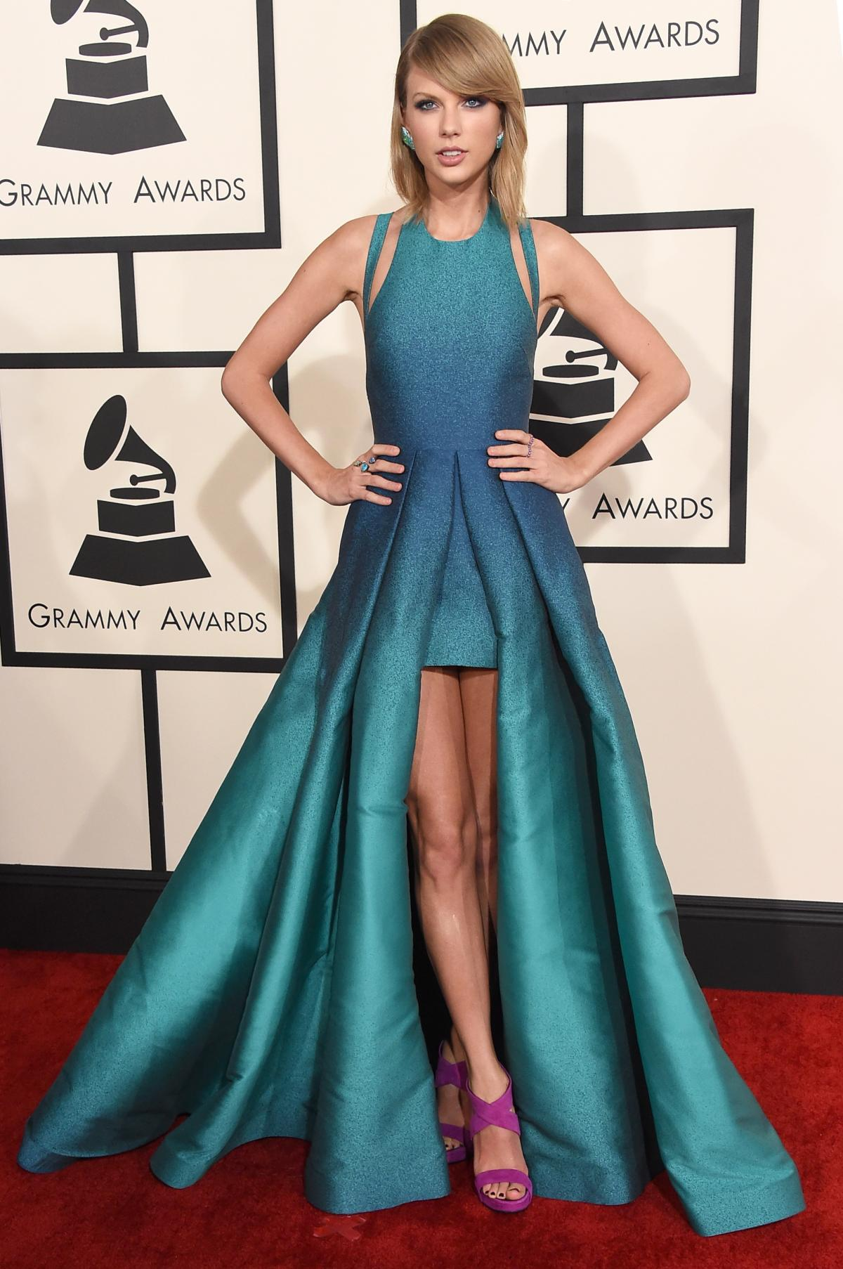 taylor-swift-elie-saab-2015-grammy-awards