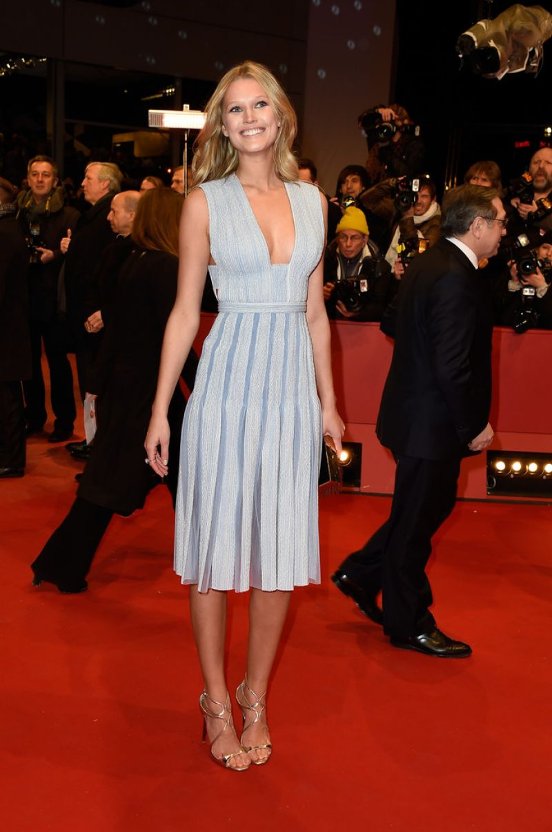 toni-garrn-nobody-wants-the-night-premiere-at-2015-berlinale-international-film-festival_6