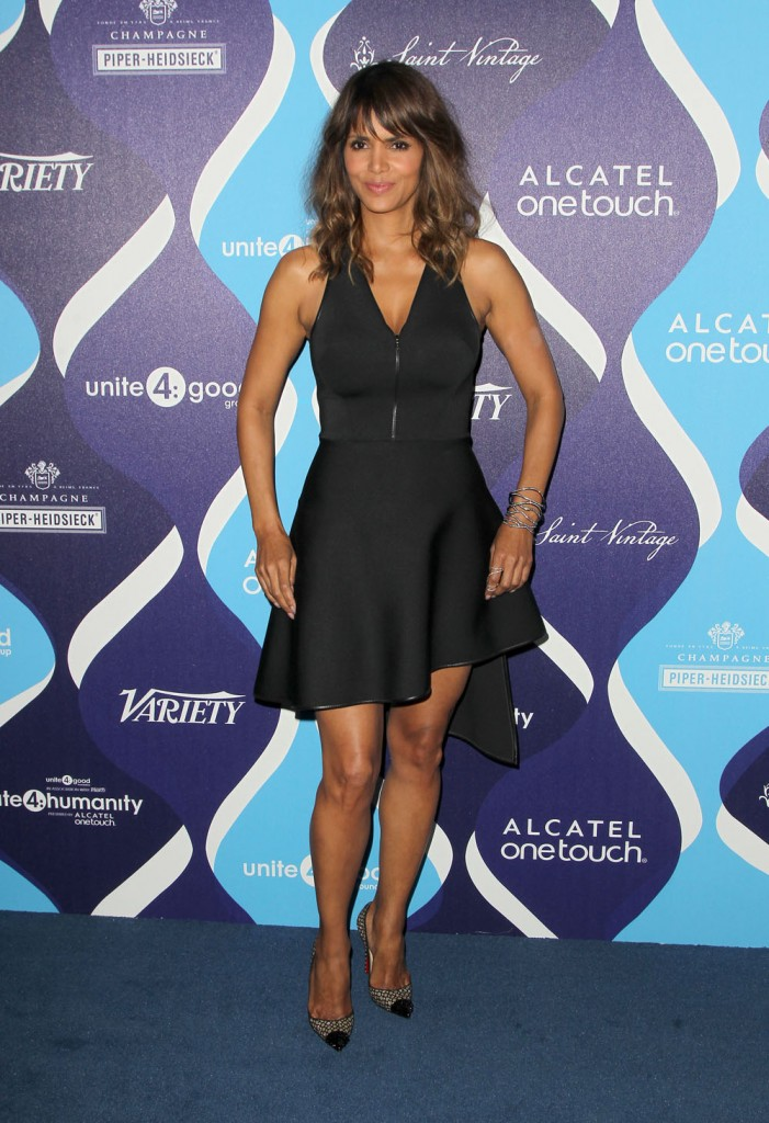 halle_berry_in_david_koma_at_the_unite4-humanity_event