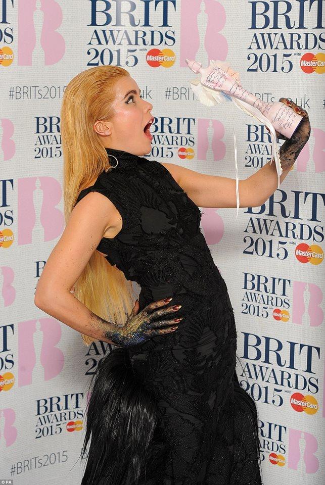 paloma-faith-giles--2015-brit-awards