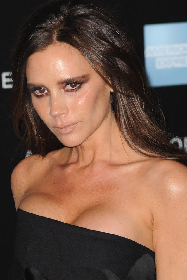 victoria-beckham-in-victoria-beckham-alexander-mcqueen-savage-beauty-exhibition-private-view