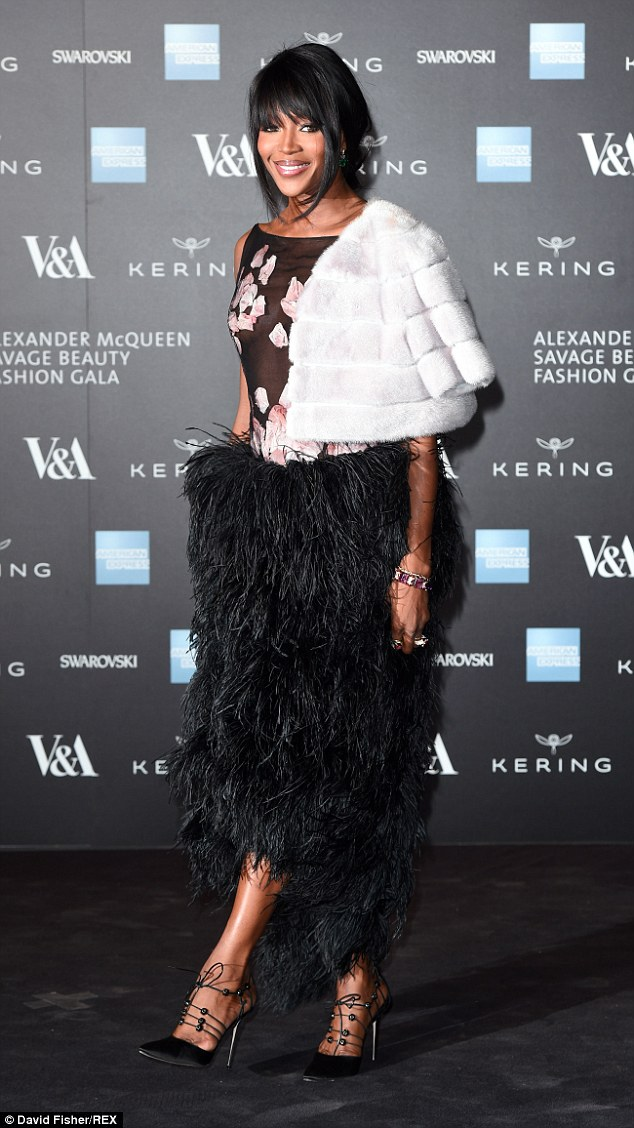 Naomi-Campbell-in-Alexander-McQueen-Alexander-McQueen-Savage-Beauty-private-viewing