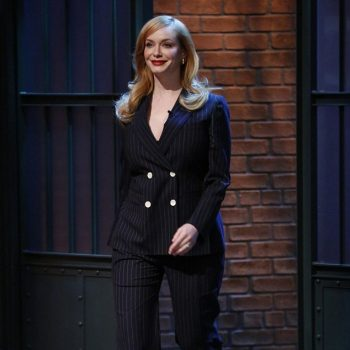 26F013CA00000578-3009083-Mad_about_the_girl_Christina_Hendricks_made_an_appearance_on_Lat-m-1_1427191973965