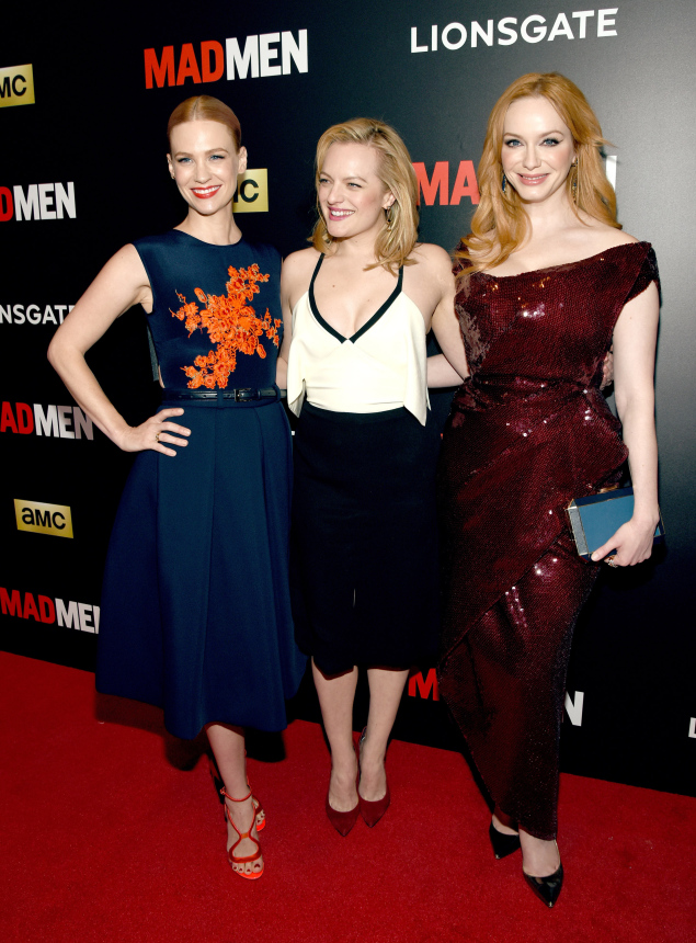 Elisabeth-Moss-in-J-Mendel-at-Mad-Men-New-York-screening