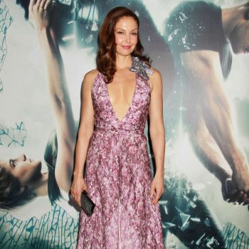 Ashley-Judd-Insurgent-NY-Premiere-02-662×993
