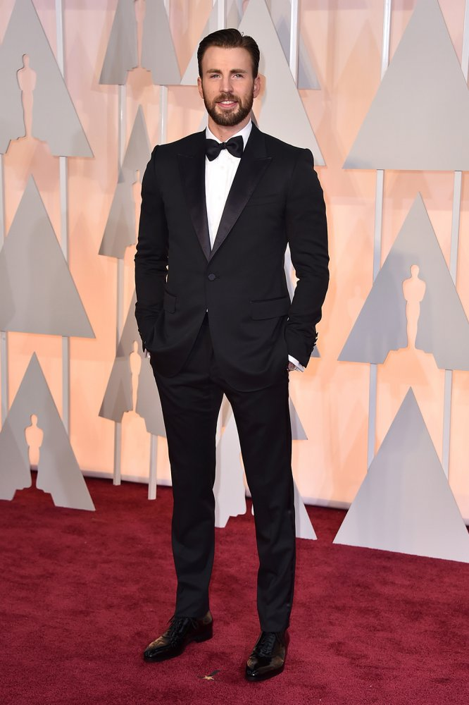 Chris_Evans-in-Gucci-2015-Oscars