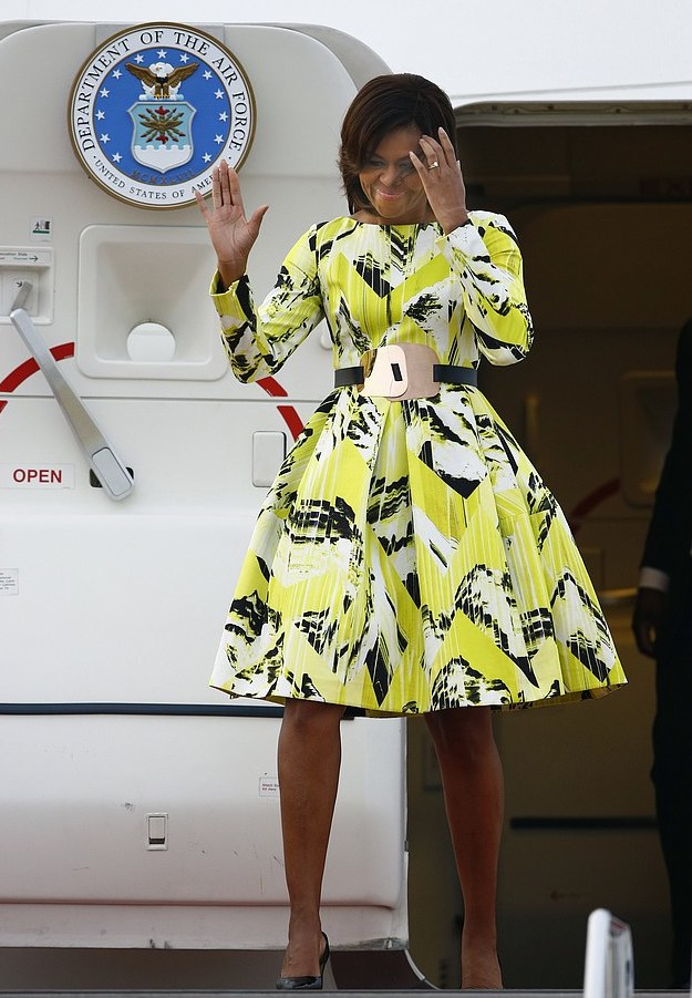 First-Lady-Michelle-Obamas-Tokyo-Visit-Kenzo-Fall-2015-Green-Printed-Dress